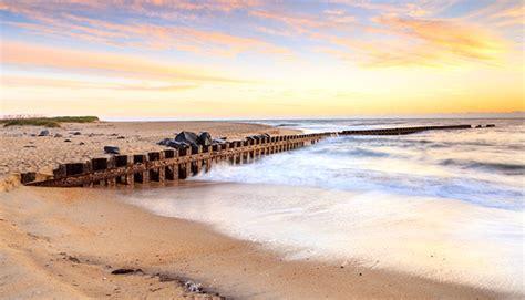 100 cheapest west coast cities 10 unsung beach vacation rental picks 10 east coast beaches making a