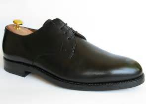 shoe file shoe plainderby black jpg wikimedia commons