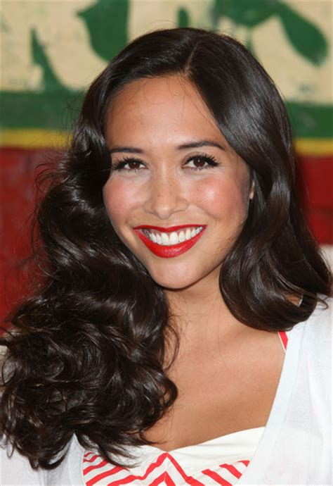 black haircut of filipinas classic black long curls hairstyles for women from myleene
