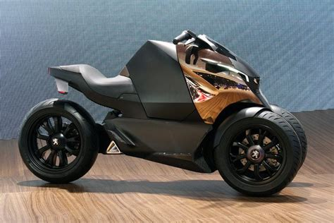 peugeot onyx motorcycle peugeot onyx scooter concept is half motorcycle half