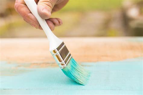 Heizung Lackieren Welcher Lack by Gartenm 246 Bel Streichen 187 Welche Farbe Ist Die Beste