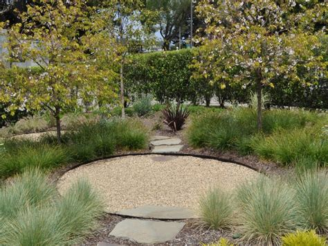 zero landscaping ideas landscape design ideas with pea gravel small front yard landscaping