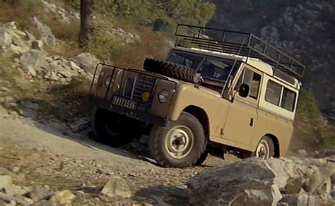 land rover series 3 off road imcdb org land rover 88 series iii station wagon in