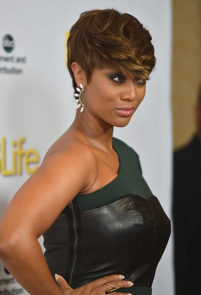 tyra banks just got a super short and super pretty pixie tyra banks opens up about trying ivf to get pregnant eurweb