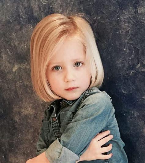 model rambut panjang wanita  wajib dicoba