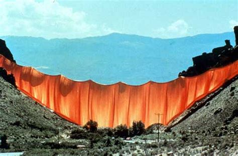 christo and jeanne claude valley curtain christo and janne claude secondaryresearch