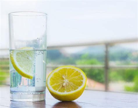 Sante Detox Agua by D 233 Tox Boire De L Eau Citronn 233 E Le Matin Fait Il