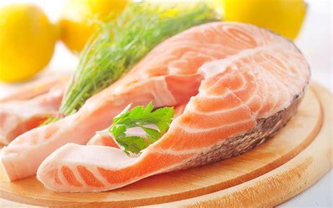 fish food fish computer wallpapers desktop backgrounds 2560x1600 id 403216