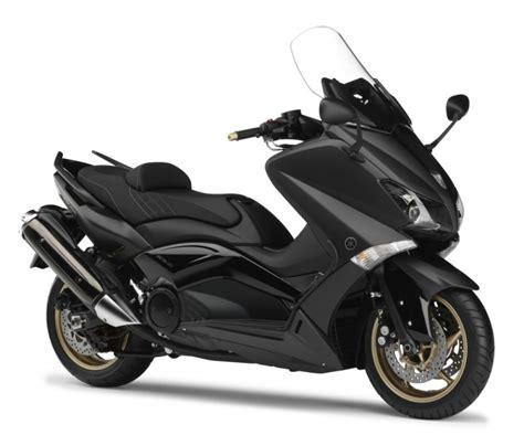 nouveaute  scooter yamaha tmax black max