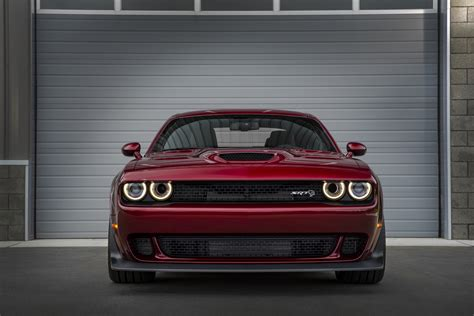 widebody hellcat colors first look 2018 dodge challenger srt hellcat widebody