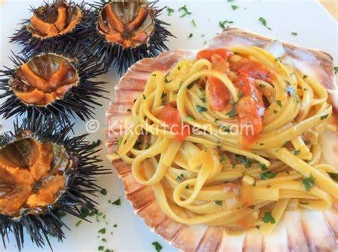 cucinare i ricci di mare pasta con i ricci di mare ricetta passo passo kikakitchen