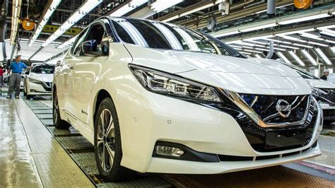 Nissan Quality Issues by Nissan Halts Japan Production For 2 Weeks To Fix Quality