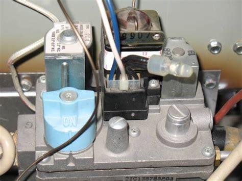 how to light pilot on honeywell furnace trane xe70 furnace doesn t light doityourself com
