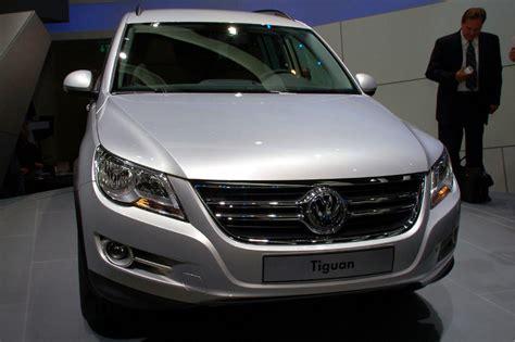 2008 Volkswagen Tiguan by 2008 Volkswagen Tiguan Photo Gallery Autoblog