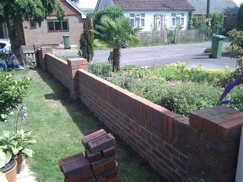 Garden Wall Foundations Southcoast Brickwork 100 Feedback Bricklayer Landscape