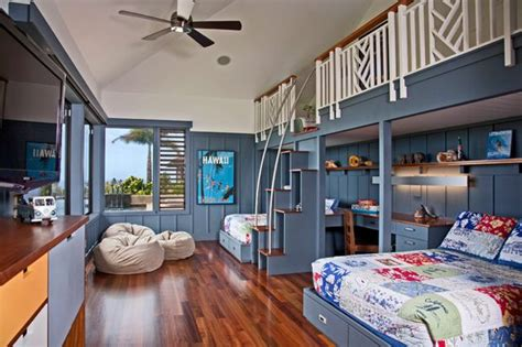 Bedroom Ideas For Brothers by Room Of The Day 3 Brothers 1 Big Bedroom In Hawaii