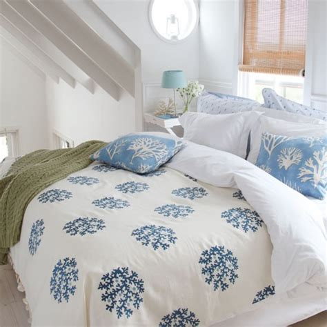 coastal bedding ideas coastal style bedding uk room ornament