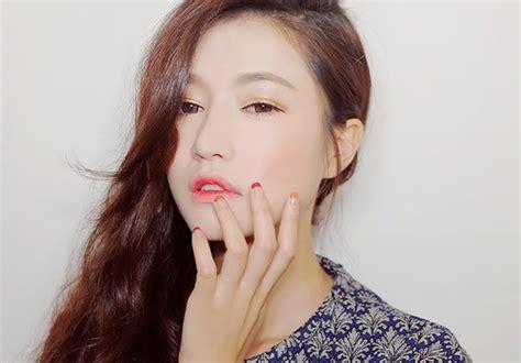 Membuat Lipstik Ombre papasemar 5 trik membuat lipstik ombre pada bibir agar kamu til cantik ala artis korea