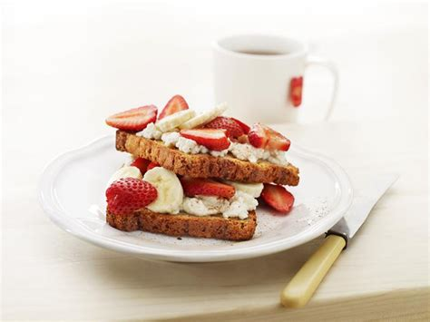 Livelighter Raisin Toast With A Fruity Ricotta Topping