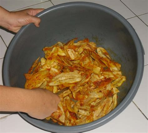 Keripik Pisang 68 150gr grosir kripik pedas pisang jantan kripik pisang pedas khas bandung grosir kripik pedas