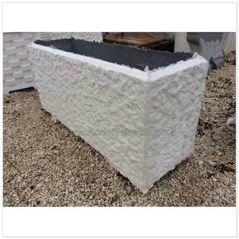 vasi di cemento fioriere cemento 60816590 bocciardate fioriere da