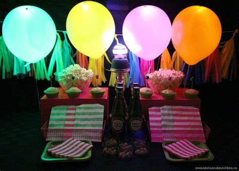 glowing dance party ideas moms munchkins