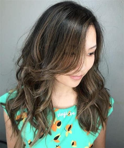 pictures of hairstyles for round jaws 20 jaw dropping long hairstyles for round faces