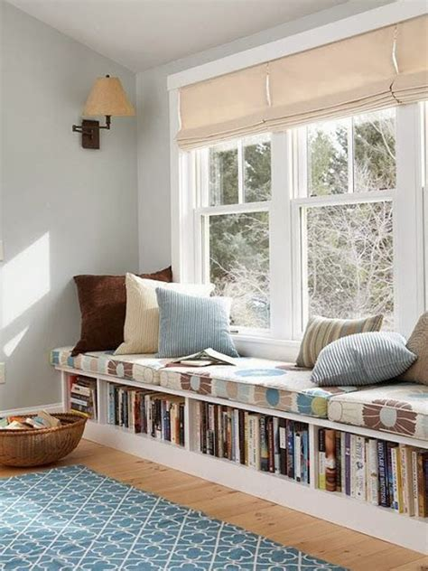 Simple reading nook with saving ideas