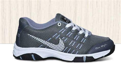 Sepatu Batminton Voli Dan Joging Nike Airmax Abu Abu sepatu olahraga nike air max abu abu nam 001 omsepatu
