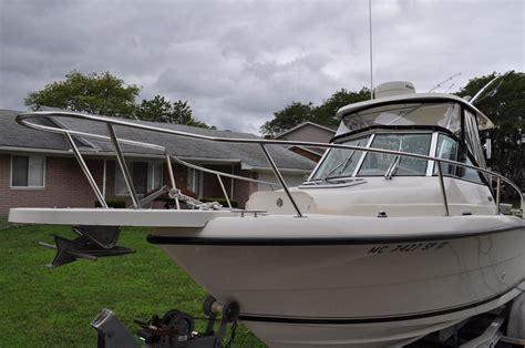 boats for sale in algonac michigan 2004 used pursuit 2470 walkaround2470 walkaround saltwater
