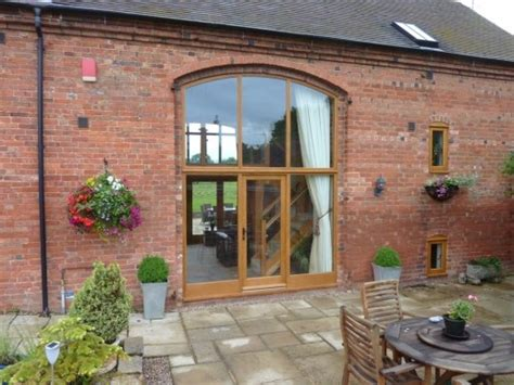 Barn Windows And Doors 1000 Images About Barn Windows And Doors On Barn Conversions Timber Windows And Doors
