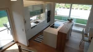hochglanz arbeitsplatte weiß de pumpink wohnzimmer decken dekoration