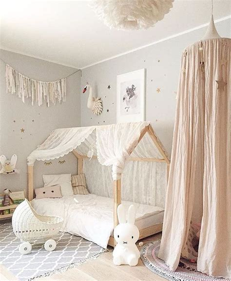 ideas for toddler girl bedroom 25 best ideas about baby girl rooms on pinterest baby