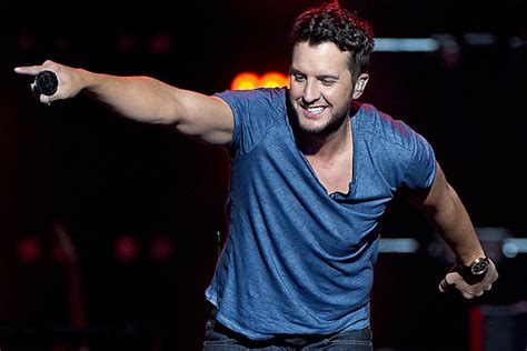 Luke Bryan Ticket Giveaway - win luke bryan tickets every hour on thursday listen