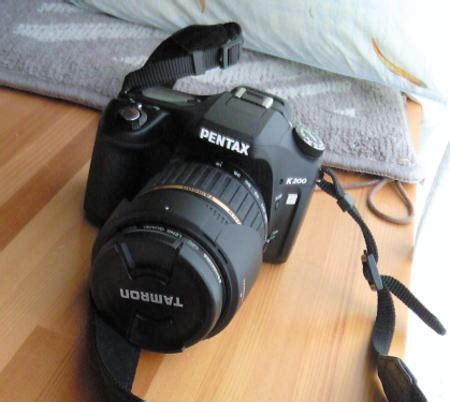 Kamera Pentax K200 結婚式 ご両親への贈り物 家族の似顔絵入り カメラ nikon k200 の掛け時計