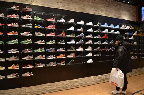 sneaker store a new player on the court vingt trois montreal