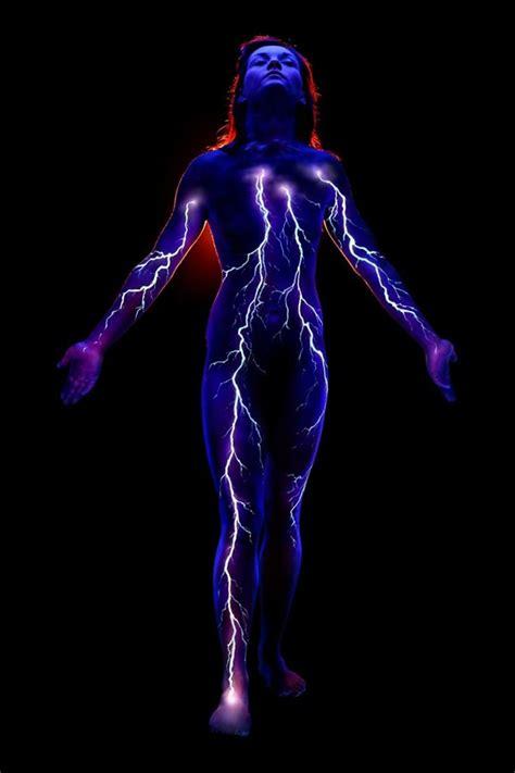 glow in the dark lightning tattoo 100 glowing black light tattoos dzine mag
