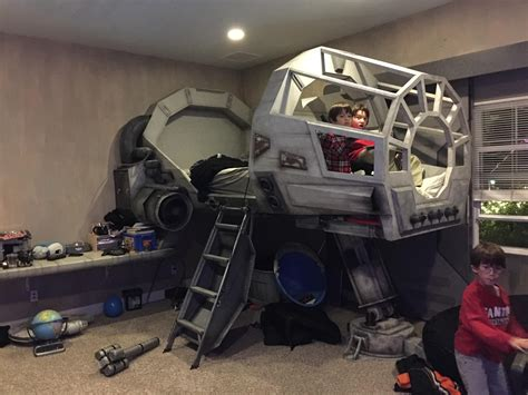 star wars room the best bedrooms have a millennium falcon cockpit nerdist