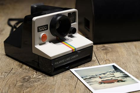 Top 10 Instant Camera   Buyers guide   Polaroid   LAD