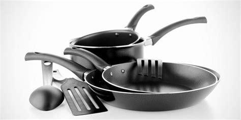 Alat Makan Anak Bahan Plastik Aman Kesehatan ingat inilah ciri alat masak aman dan sehat katalog ibu
