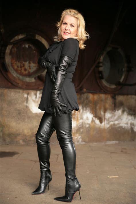 Tunic Miseli leather skirts wallpaper