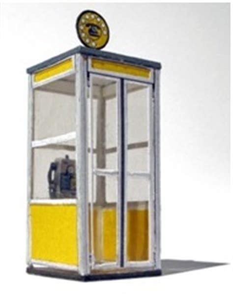 una cabina telefonica la scomparsa delle cabine telefoniche