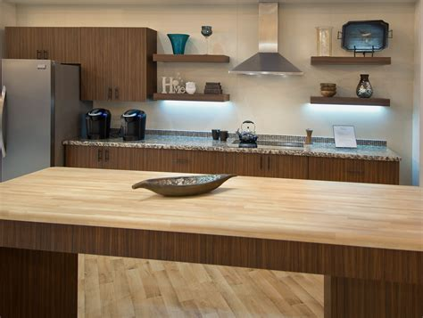 Kitchen Counter Surfaces Home Interior Design Makeover Tips Kitchen Countertops