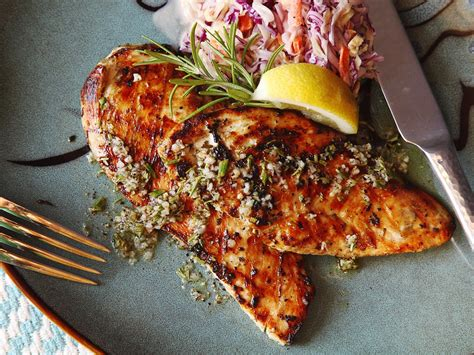 5 minute grilled chicken cutlets with rosemary garlic