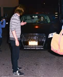 emma stone car emma stone and andrew garfield fuel reunion rumours with