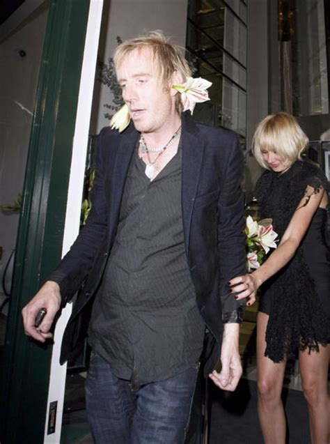Send Kate Moss Flowers by Rhys Ifans Focuses His Flower Power As He Steps Out To