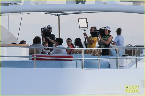 rib boat while pregnant pregnant kim kardashian family boat ride in greece photo
