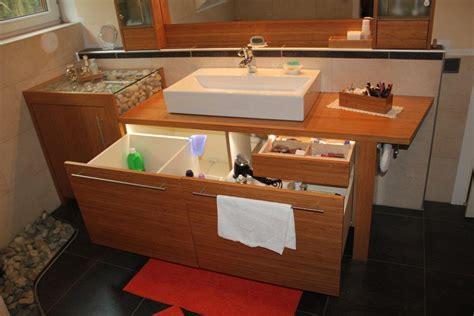Badezimmerm Bel Holz Rustikal by Badezimmer Hochschrank Holz