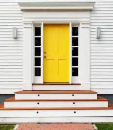 10 bold inspiring front doors