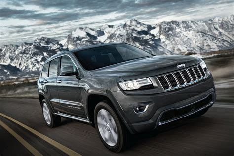 luxury jeep jeep grand cherokee the luxury suv launch for rs 93 64 lakh